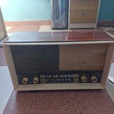 Radios antiguas: RADIO HELFOR MOD TR-702. Lote 269710833