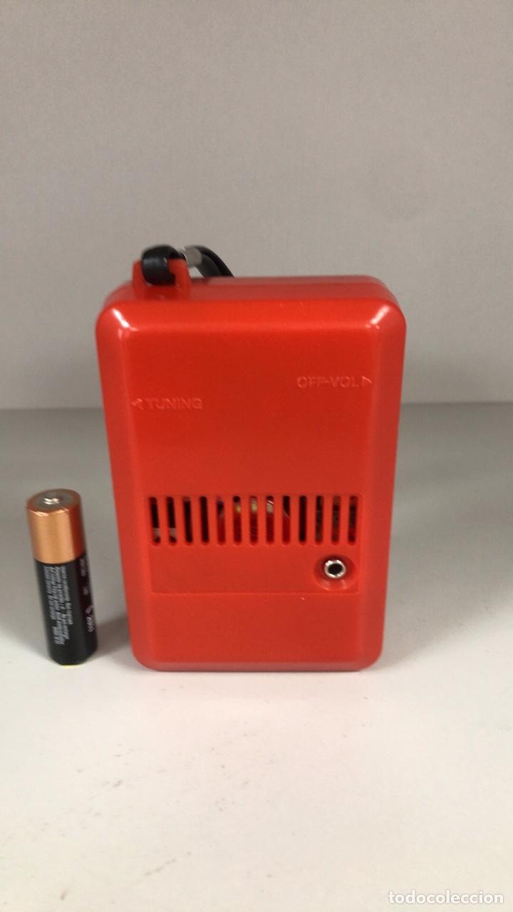 Radios antiguas: Radio Transistor Sharp BP-170, funciona, ver vídeo. - Foto 6 - 271611003
