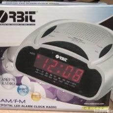 Radios antiguas: RELOJ DESPERTADOR RADIO AM FM NUEVA. Lote 274671053
