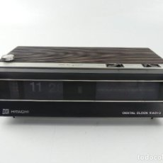 Rádios antigos: VINTAGE RADIO RELOJ TRANSISTOR HITACHI MODEL KC-770 E JAPON. Lote 275186678
