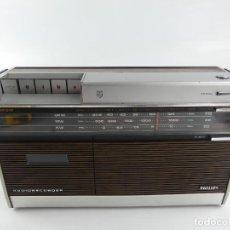 Rádios antigos: VINTAGE RADIO TRANSISTOR MARCA PHILIPS RADIORECORDER. Lote 275315413