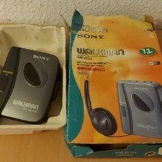 Rádios antigos: WALKMAN SONY MEGA BASS. REPRODUCTOR DE CINTAS DE AUDIO. WM-EX122. Lote 276415388