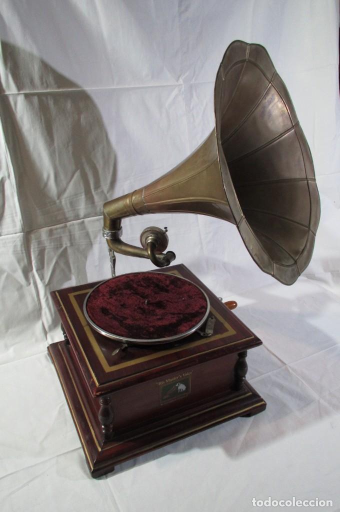 Radios antiguas: Gramófono La Voz de su Amo, funcionando - Foto 2 - 276739658