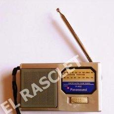 Radios antiguas: PEQUEÑO RADIO TRANSISTOR - MARCA PANASOUND -. Lote 280217303