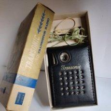 Radios antiguas: TRANSONIC 10 MODEL 1095N - ANTIGUO RADIO TRANSISTOR - HONG KONG AÑOS 60. Lote 281024523