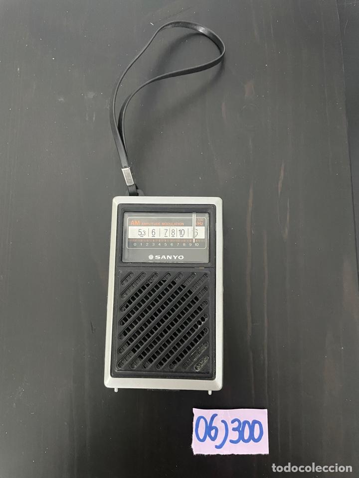 RADIO ANTIGUA SANYO (Radios, Gramófonos, Grabadoras y Otros - Transistores, Pick-ups y Otros)