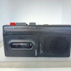 Radios antiguas: SANYO MODEL TRC 510 M MICRO CASSETTE TAPE RECORDER FUNCIONANDO. Lote 284733523
