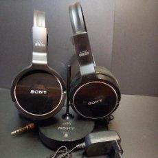 Radios antiguas: SONY MDR-RF811R - 2X AURICULARES DE DIADEMA CERRADOS INALÁMBRICOS, NEGRO PEPETO ELECTRONICA. Lote 286305108
