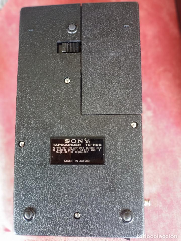 Radios antiguas: Vintage Sony TC-110B Cassette Recorder en su funda como nuevo funcionando grabadora cintas altavoz - Foto 4 - 286467963