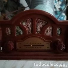 Radios antiguas: APARATO DE RADIO COLECCIÓN DE LA NOSTALGIA DE LA RADIO. Lote 286474438