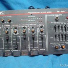 Radios Anciennes: ANTIGUA MESA DE MEZCLAS ACOUSTIC CONTROL SM - 3010. Lote 286544883