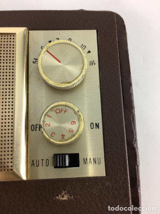 Radios antiguas: Radio reloj despertador Saxony años 70 - Foto 7 - 286947663