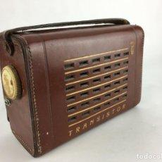Radios antiguas: RADIO TRANSISTOR ANTIGUA CON FUNDA DE PIEL. Lote 286953918