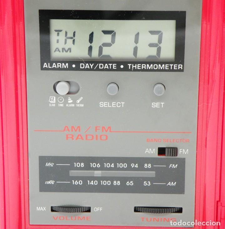 Radios antiguas: RADIO DESPERTADOR. NEVERA VINTAGE Y ESTACIÓN METEOROLÓGICA. NUEVA - Foto 3 - 287692648