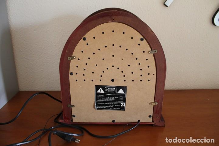 Radios antiguas: RÉPLICA DE RADIO ANTIGUA DE CAPILLA EN MADERA FUNCIONA 31,5 CM ALTO - Foto 8 - 287697268