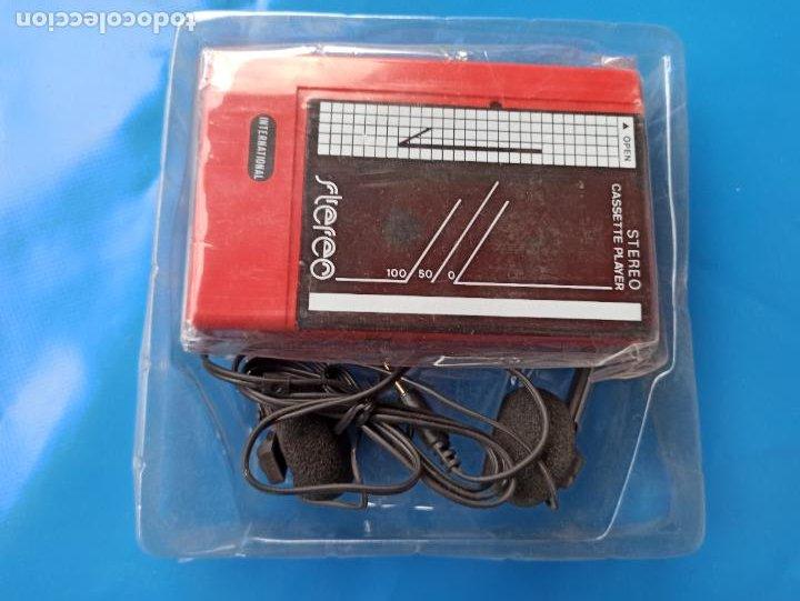 WALKMAN INTERNATIONAL Z10 STEREO CASSETTE PLAYER NUEVO Y PRECINTADO (Radios, Gramófonos, Grabadoras y Otros - Transistores, Pick-ups y Otros)