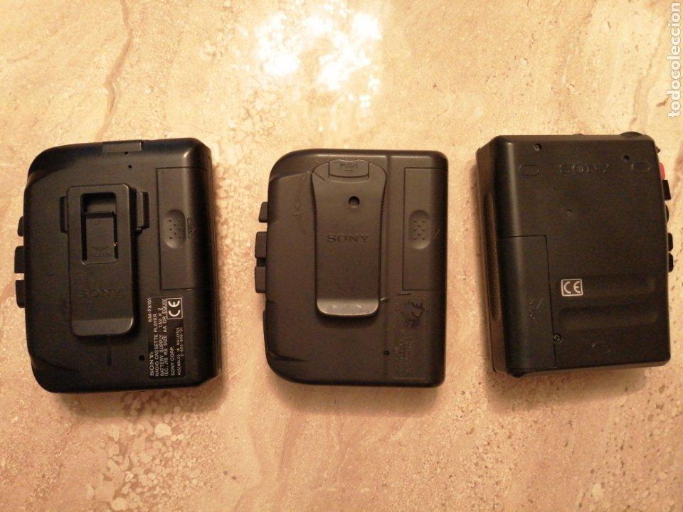 Radios antiguas: Lote de 3 Walkman SONY - Foto 2 - 289717053