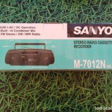 Radios antiguas: RADIO CASSETTE STEREO RECORDER SANYO M-7012N. Lote 289742498