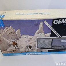 Radios antiguas: RADIO TRANSISTOR VANGUARD GEMINIS. Lote 292388098