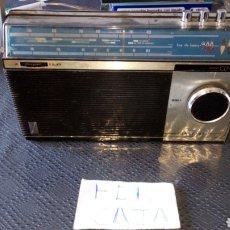Rádios antigos: RADIO SUPER CENTAURO VANGUARD FABRICADO EN ESPAÑA POR CAHUE INDUSTRIAL NO PROBADO DESCONOZCO SI FUNC. Lote 293244368
