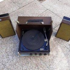 Radios antiguas: TOCADISCOS DE MALETA, ZENITH, AMERICANO, VER FOTOS Y DESCRIPCION.... Lote 294161578