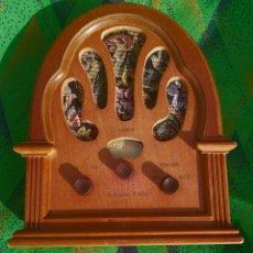 Radios antiguas: ANTIGUA RADIO TIPO CAPILLA, DECORATIVO ACEPTO OFERTAS. Lote 295373633