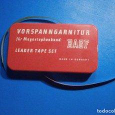 Radios antiguas: VORSPANNGARNITUR - LEADER TAPE SET - KIT PARA EMPALMES CINTA MAGNETOFÓNICA REAL TO Y CASSETTE - BASF. Lote 297045768