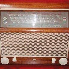 Radios de válvulas: RADIO AGA FUNCIONANDO. Lote 7031248