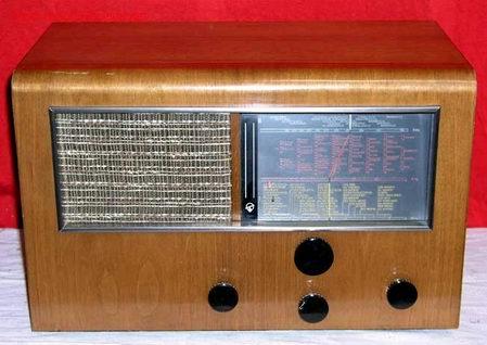 RADIO BLAUPUNKT 6W97 FUNCIONANDO (Radios, Gramófonos, Grabadoras y Otros - Radios de Válvulas)