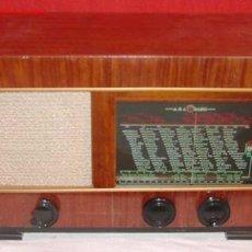 Radios de válvulas: RADIO AGA FUNCIONANDO. Lote 7051889