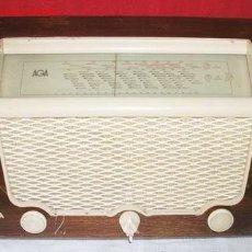 Radios de válvulas: RADIO AGA FUNCIONANDO. Lote 6215854