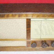 Radios de válvulas: RADIO AGA FUNCIONANDO . Lote 6215832