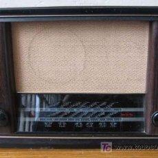 Radios de válvulas: RADIO INVICTA DE MADERA .. EN ESPAÑOL (SALEN POCAS) . Lote 26991408