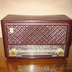Radio Philips modelo BE-212-U, funcionando perfectamente