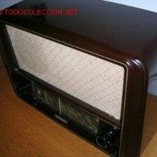 Radios de válvulas: RADIO A VALVULAS GRUNDIG BAKELITA (FUNCIONA). Lote 24771784