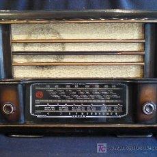 Radios de válvulas: RADIO GOL BART. 53X38X25. 220V. MADERA. FUNCIONA CORRECTAMENTE. . Lote 26973816
