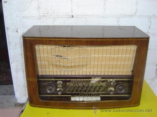 RADIO ANTIGUA BRAUN (Radios, Gramófonos, Grabadoras y Otros - Radios de Válvulas)