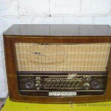 Radios de válvulas: RADIO ANTIGUA BRAUN . Lote 12456613