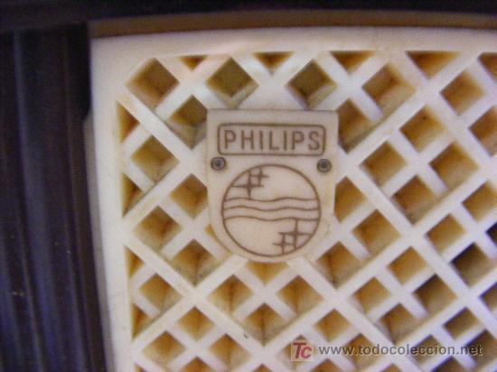 RADIO PHILIPS EN BAQUELITA (Radios, Gramófonos, Grabadoras y Otros - Radios de Válvulas)