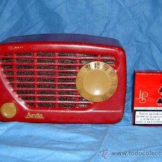 Radios de válvulas: PEQUEÑA RADIO AMERICANA ARVIN. Lote 159212990