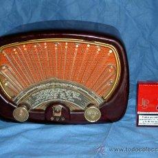 Radios de válvulas: PEQUEÑA RADIO FRANCESA RADIOLA. Lote 26306592