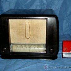 Radios de válvulas: PEQUEÑA RADIO FRANCESA DUCRETET THOMSON. Lote 26306591