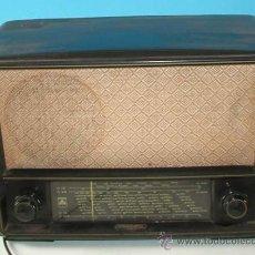 Radios de válvulas: RADIO GRUNDIG MODELO 165 W DE BAQUELITA 1950 / 55. Lote 15901744