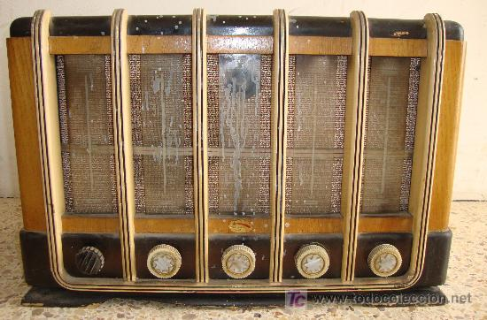 Radios de válvulas: INTERESANTE Y RARA RADIO ESTRELLA AZUL EN MADERA UNICA EN TODOCOLECCION - Foto 4 - 26439317