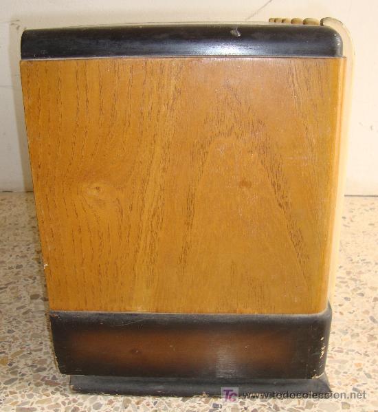 Radios de válvulas: INTERESANTE Y RARA RADIO ESTRELLA AZUL EN MADERA UNICA EN TODOCOLECCION - Foto 13 - 26439317