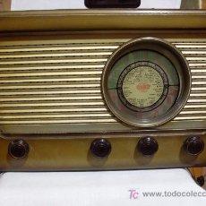 Radios de válvulas: ANTIGUA RADIO MARCA BERTRAN SERIE VICTORIA. Lote 27381558