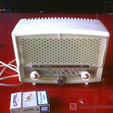 Radios de válvulas: PEQUEÑA RADIO