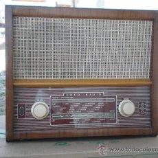 Radios de válvulas: RADIO DE VALVULA EKO EN MADERA. Lote 20031476