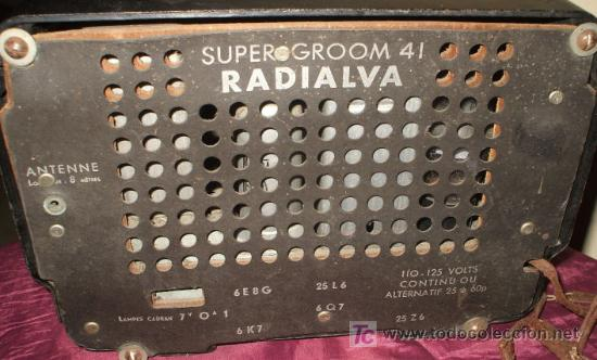 Radios de válvulas: RADIO MUY ANTIGUA DE BAQUELITA DE 1939 RADIALVA SUPER GROOM 41 - Foto 2 - 27550495