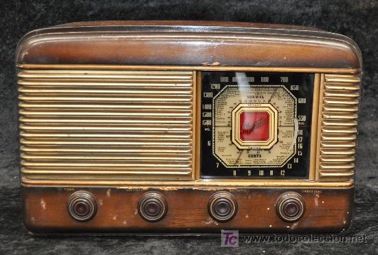 Radio antigua de los a os 50s marca majestic comprar radios de v lvulas en todocoleccion - Fotos radios antiguas ...